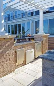 Outdoor kitchen in Bayville, NY