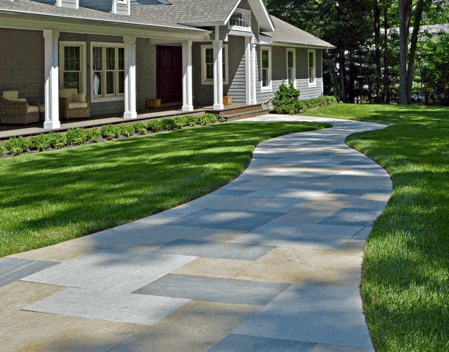 Installing Concreate Driveway in Long Island