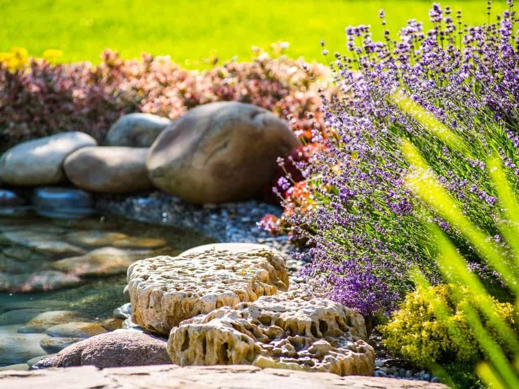 Building Your Dream Home 10 Advantages of Custom Landscaping